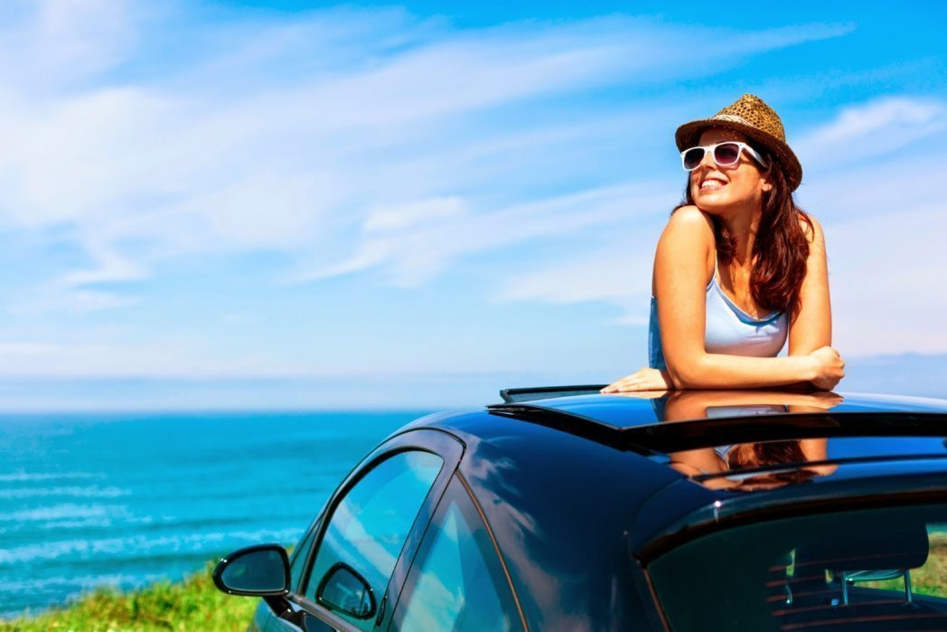 2-benefits-when-renting-a-car-in-santorini